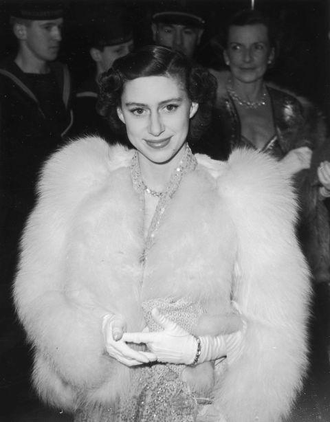 1484756358-princess-margaret-1951-b.jpg